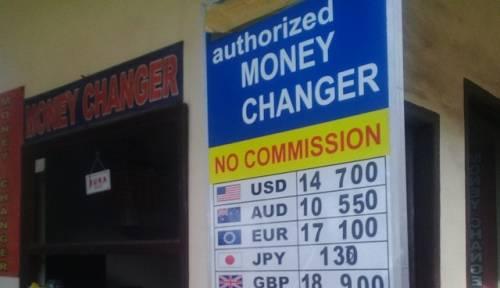 Tukarkan Mata Uang Asing Anda Di Money Changer